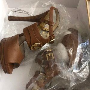Leather Michael Kors heels size 8 1/2